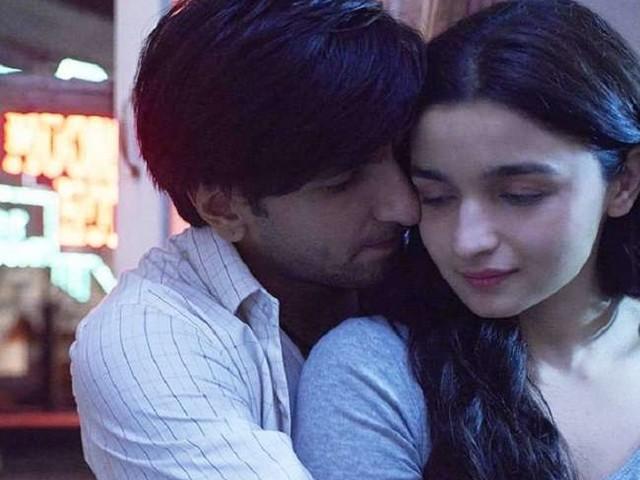 Box Office: जानिए 'गली बॉय' की दो दिनों की कमाई, रणवीर सिंह ने सोचा भी नहीं होगा!