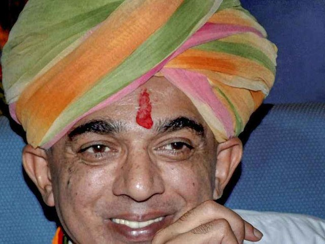 Manvendra Singh quits BJP, will contest LS polls from Barmer