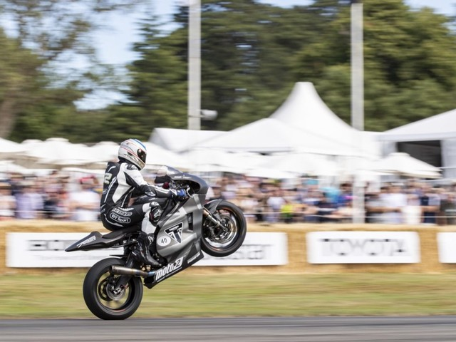 Triumph: al Goodwood Festival of Speed in evidenza un prototipo di Moto2