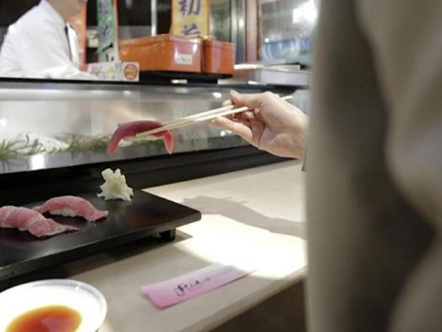 Cibi scaduti e scarsa igiene: irregolari il 48% degli 'all you can eat' e ristoranti etnici