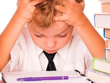 I compiti delle vacanze? Vota il sondaggio Sono il vero tormentone dell'estate