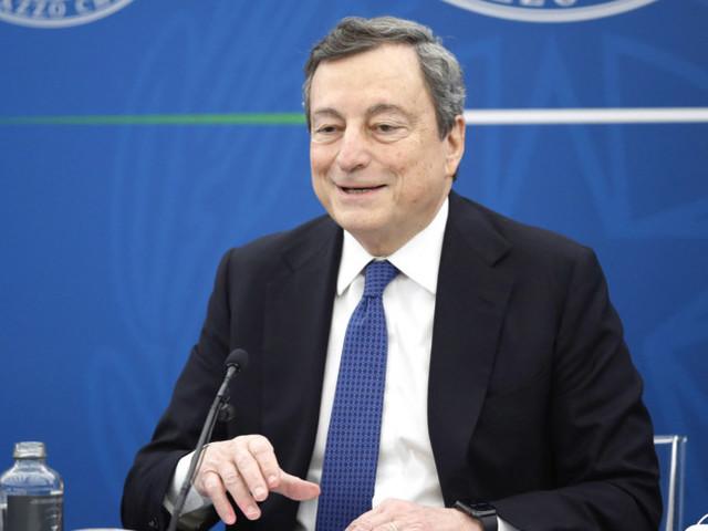 Sul web Draghi supera le critiche dei #nogreenpass