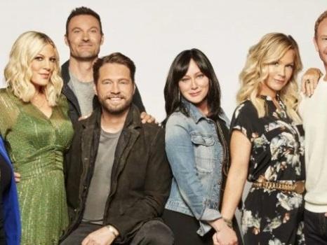 Beverly Hills 90210 perde pezzi importanti ancor prima di cominciare: colpa di due attrici?