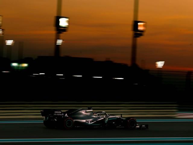 F.1, GP Abu Dhabi - L'ultima pole della stagione è di Lewis Hamilton