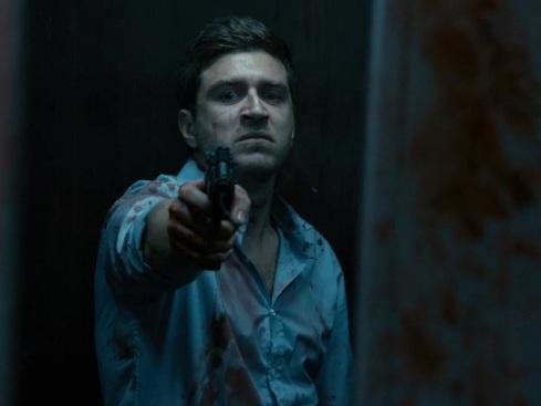 The End – L'inferno fuori, zombie movie dalle buone idee ma poca vitalità