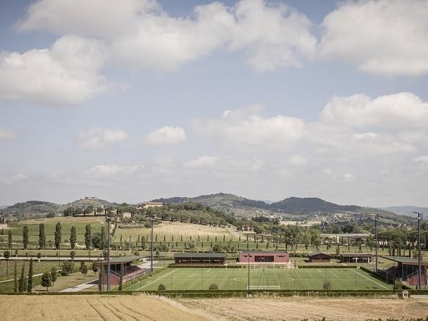 Vaccinazioni anti Covid nel Parco Cucinelli: 1200 dosi a settimana