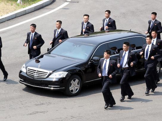 Come fa Kim Jong-un ad avere delle Mercedes?