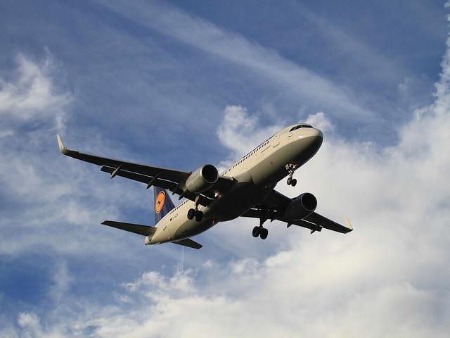 Concorso per vincere biglietti aerei Lufthansa + codice sconto per tutti