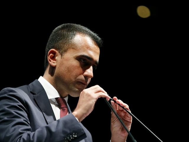 """Di Maio ora alza il tiro: """"Via i ministri della Lega"""" E insulta Salvini: """"Dudù"""""""