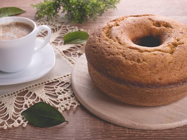 Ciambella con farina di castagne: la ricetta del dolce autunnale soffice e delizioso