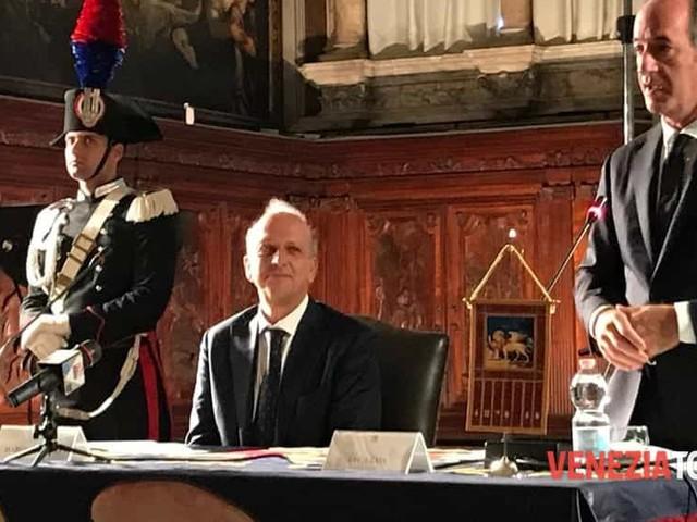 Storia veneta nelle scuole, firma del ministro Bussetti a Venezia
