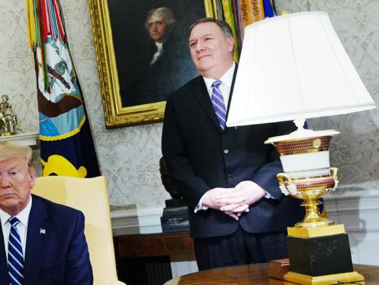 Trump resiste ai falchi e lancia un ultimo avvertimento all'Iran