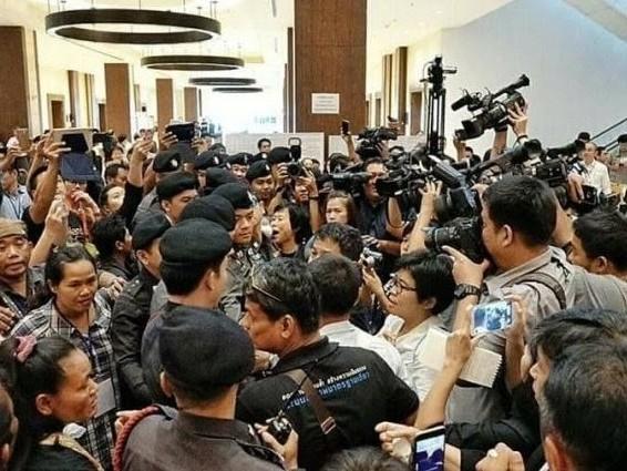 Thailandia: Fine della sanità gratuita? La legge sanitaria sta per passare nonostante la forte opposizione