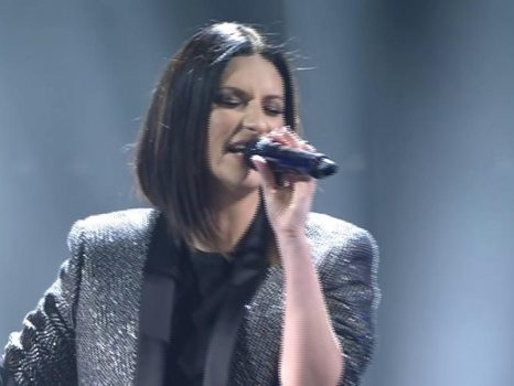 Scaletta del concerto di Laura Pausini al Circo Massimo su Canale5 il 31 agosto