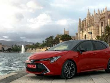 Toyota Corolla, la prova de Il Fatto.it – La sfida ibrida globale alla Golf – FOTO