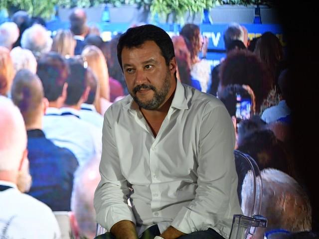 Lega batte FI. Salvini incassa cinque sì per il referendum
