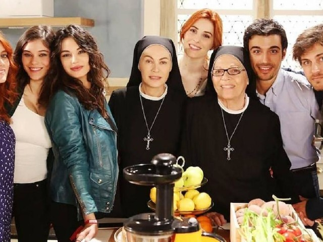 Che Dio ci aiuti 6, trame 1° e 2° episodio: Suor Angela ha un vuoto di memoria