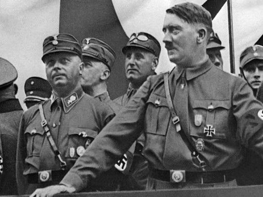 Il caso del professore universitario di Siena che esalta Hitler