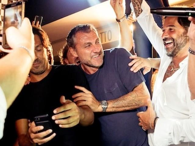 """La """"Bobo dance"""" fa ballare tutto il Pineta di Milano Marittima"""