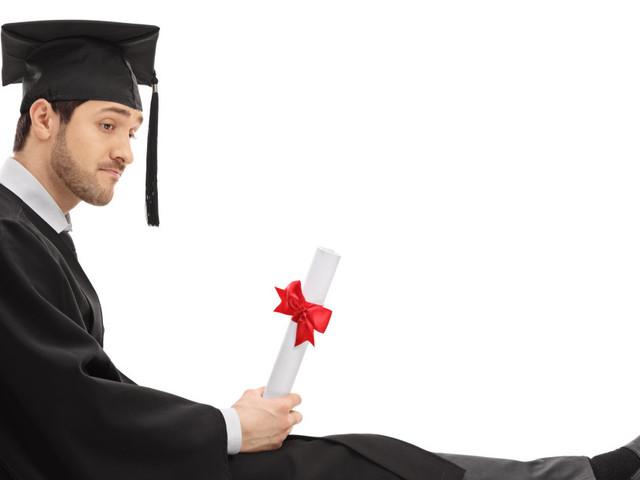 """I laureati maltrattati, i """"baroni"""" clientelari e il capitale umano che manca alle imprese"""