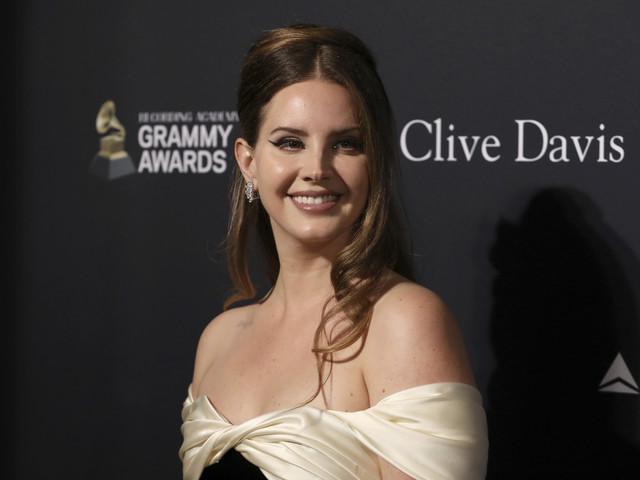 """Musica, Lana Del Rey annuncia: """"Il nuovo album uscirà il 19 marzo"""""""