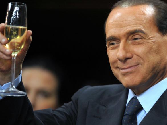 Berlusconi tocca quota 100 - milioni incassati dai dividendi Fininvest