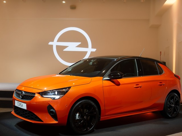 Nuova Opel Corsa offre per la prima volta una gamma con motori diesel, benzina ed elettrico