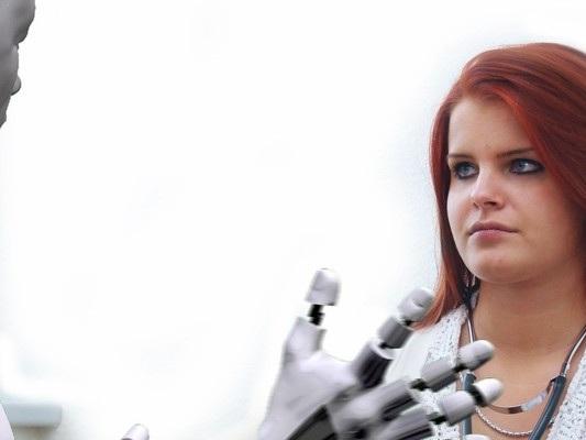 Con i robot, in due anni cambierà il 61% dei mestieri. Uno studio