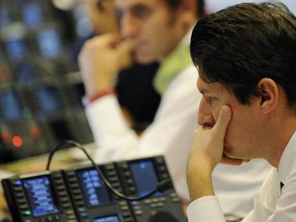 Le tensioni internazionali pesano su listini europei, a Milano giù le banche