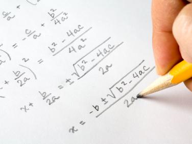 Risolubilità per radicali e l'equazione impossibile