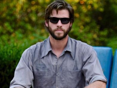 """Liam Hemsworth dimentica Miley Cyrus con la star della serie tv """"Dynasty"""""""