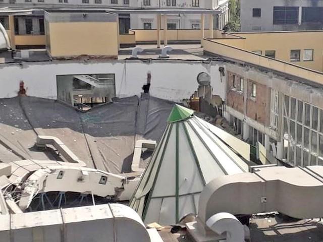 """Trieste, Dipiazza lancia il """"tendone"""" per sostituire l'Acquamarina"""