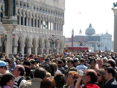 A Venezia ci sarà il ticket di ingresso: chi arriva in città per un giorno pagherà un biglietto da 2,5 a 5 euro
