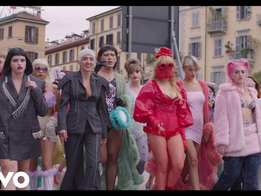 Myss Keta – Le ragazze di Porta Venezia – The Manifesto: video e testo della nuova versione