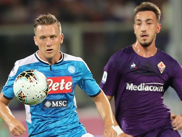 Calcio in tv oggi e stasera: Serie A, Napoli-Fiorentina su DAZN e Lazio-Sampdoria su Sky