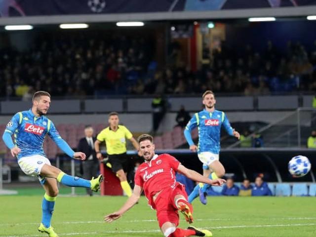 Mertens, doppietta alla Stella Rossa e 100 gol con il Napoli
