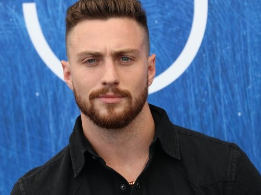 Outlaw King: Aaron Taylor-Johnson protagonista accanto a Chris Pine