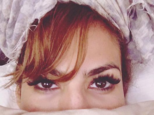 Eva Mendes è andata a dormire senza struccarsi