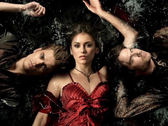 Il triangolo d'amore maledetto. Alla (ri)scoperta di The Vampire Diaries