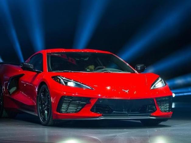 Chevrolet Corvette, la supercar americana cambia natura: ora ha il motore centrale