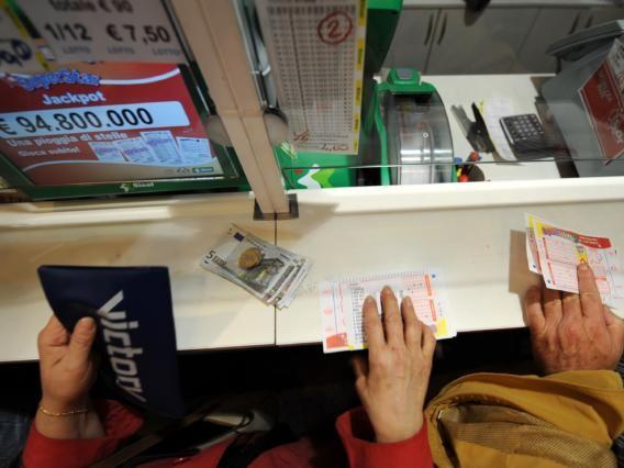 Centrato il 6 al Superenalotto: 209 milioni di euro vinti a Lodi con una schedina da due euro