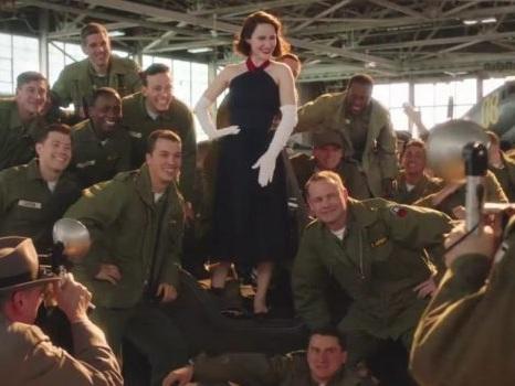 Il trailer di The Marvelous Mrs. Maisel 3 su Prime Video porta Midge in tour fra Sterling K. Brown e Liza Weil