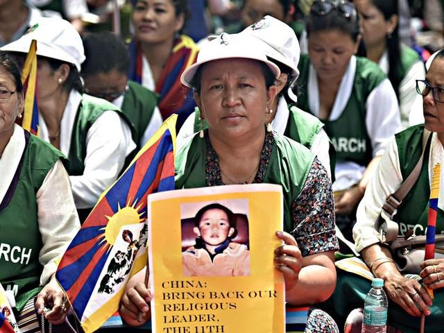 Le potenze si contendono il prossimo Dalai Lama