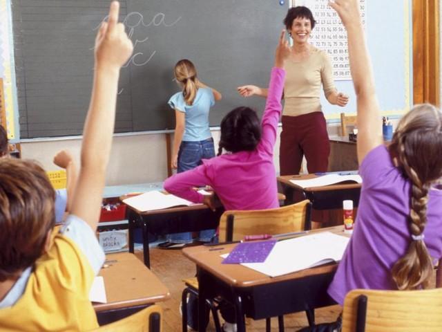 Incrementare il tempo pieno con duemila nuovi insegnanti da assumere, ok alla Camera