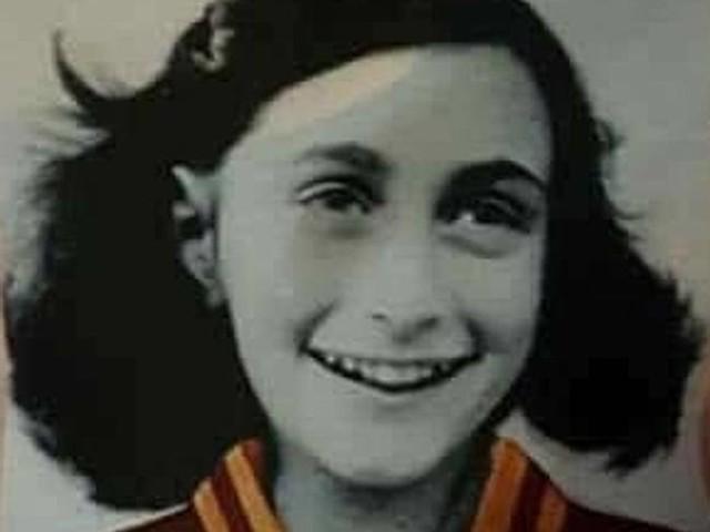 Anna Frank, Lotito in Sinagoga: «Mi dissocio». Mattarella: atto disumano