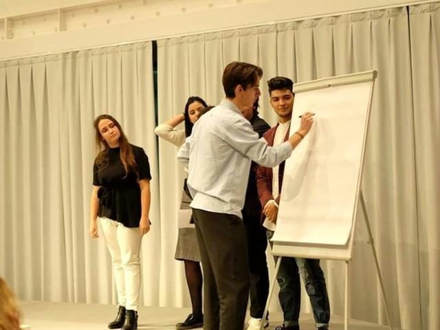 """""""Eureka!"""", le idee dei giovani dello Scientifico fanno colpo e conquistano il """"Giardino delle imprese"""""""