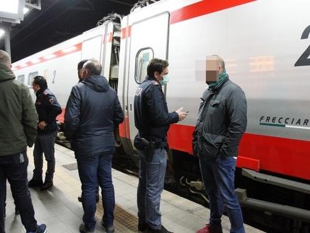 Coronavirus, sul treno Roma-Lecce un viaggiatore tornato dalla Cina: passeggeri trattenuti a bordo