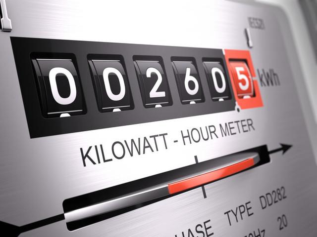 Consumi elettrici in aumento a dicembre