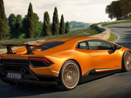 """Lamborghini, Domenicali: """"Il quarto modello? Non prima del 2022-2023"""""""