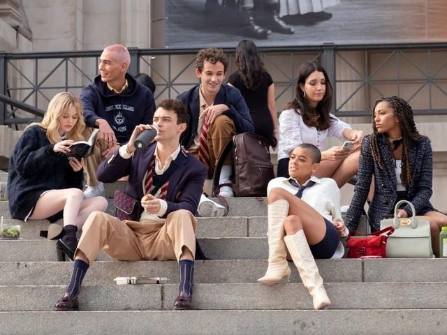 Gossip Girl, il reboot debutta su Sky domani 27 ottobre: tutte le novità